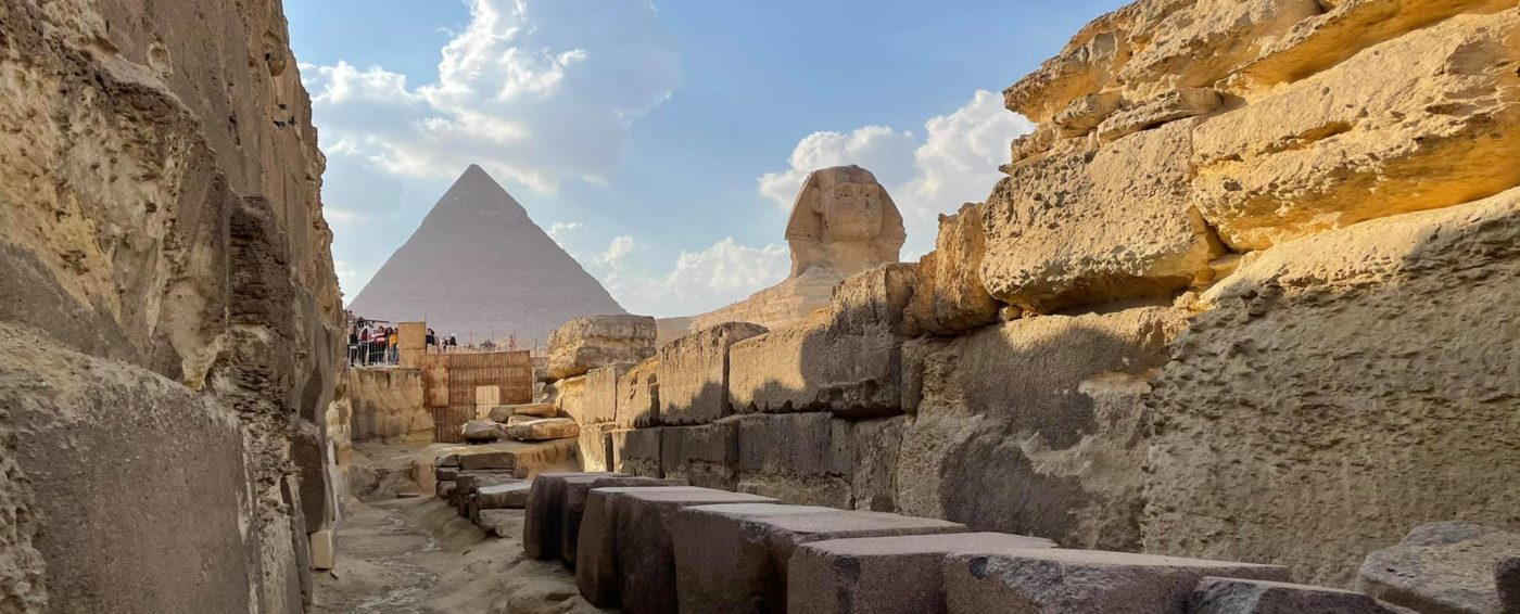 The huge and amazing Great Sphinx of Giza