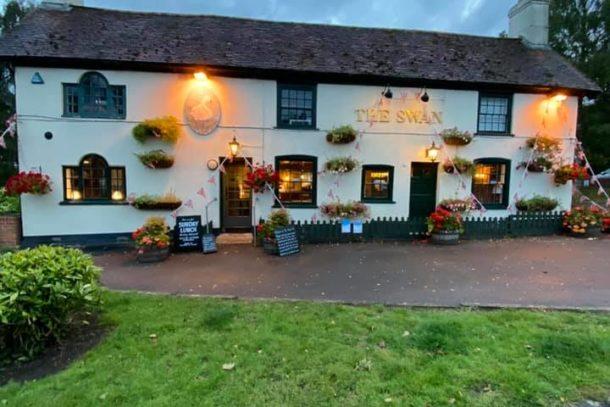 Historic Swann Inn at sunset
